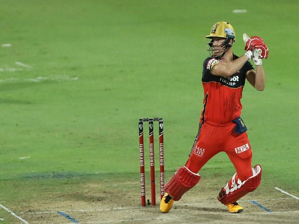 'Another masterclass': Mike Hesson hails ABD's knock