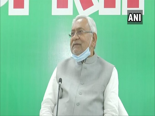 Nitish Kumar tenders resignation as CM ahead of NDA meeting