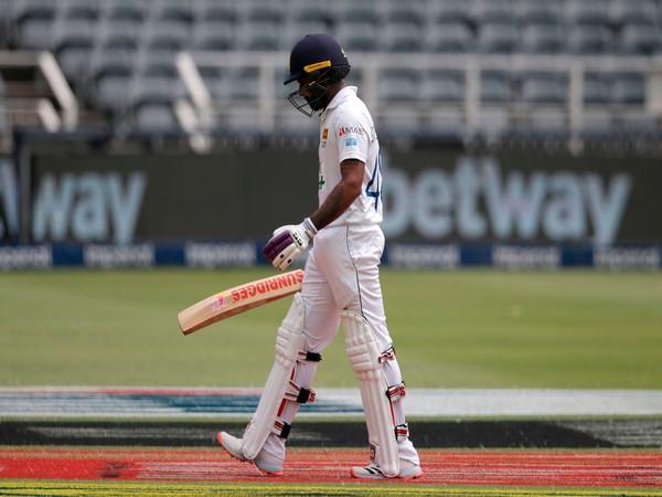 SL vs Eng: Worst batting I've seen, says Flower after hosts' dismal show with bat