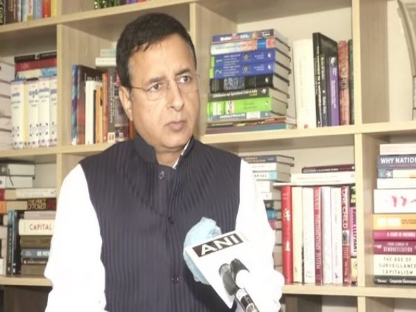 Surjewala supports Bhupinder Mann's decision, but says Govt still not ready to withdraw farm laws