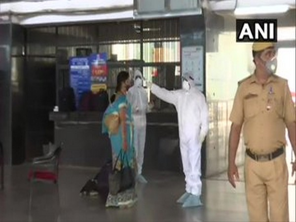 Special train with passengers from Ahmedabad arrives at Delhi