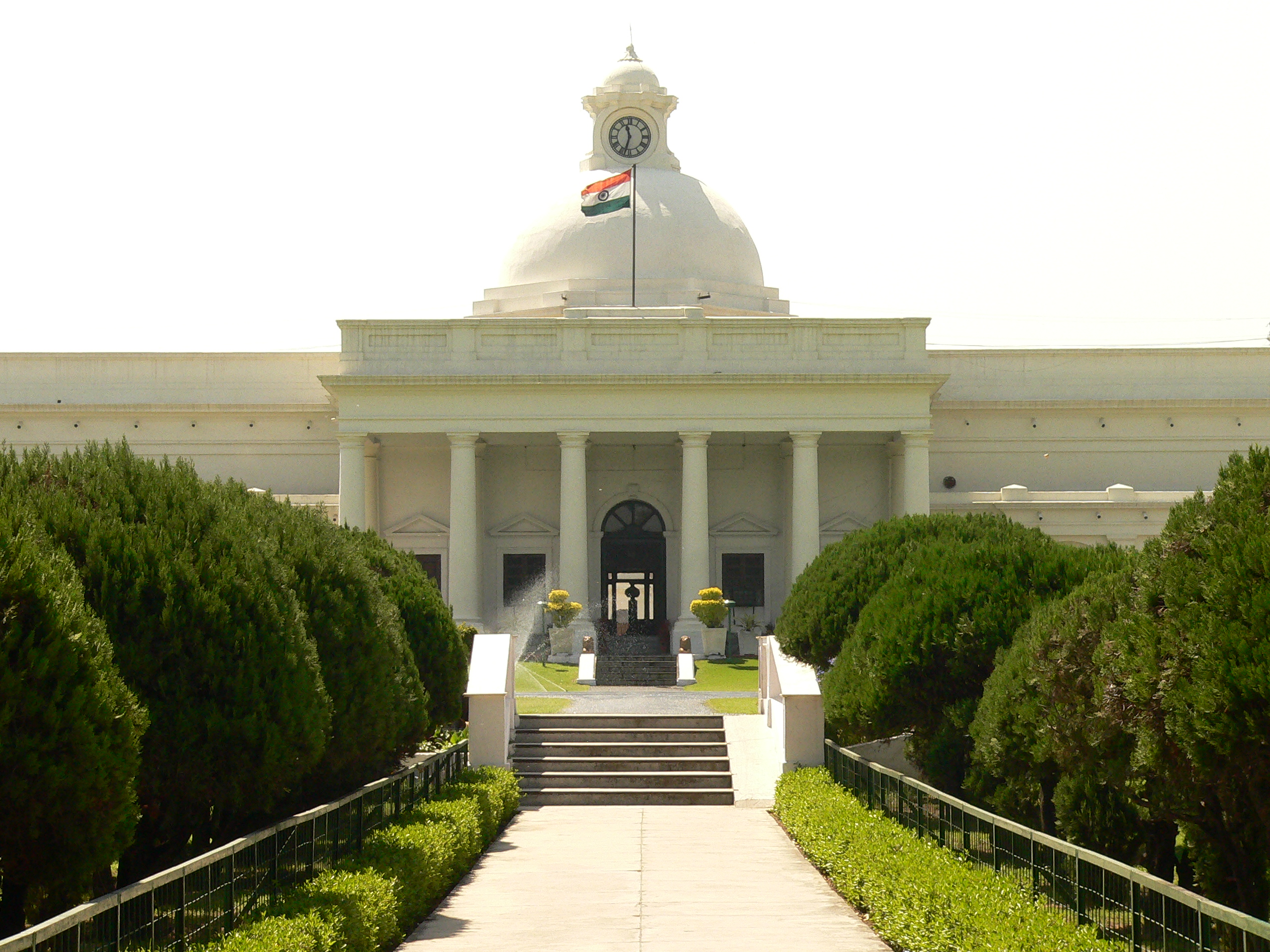 IIT Roorkee to assist IIT BHU in setting up new Architecture and Planning