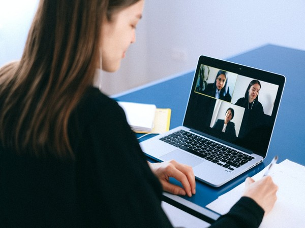 Google Meet to cap group video calls at 60 minutes for free users