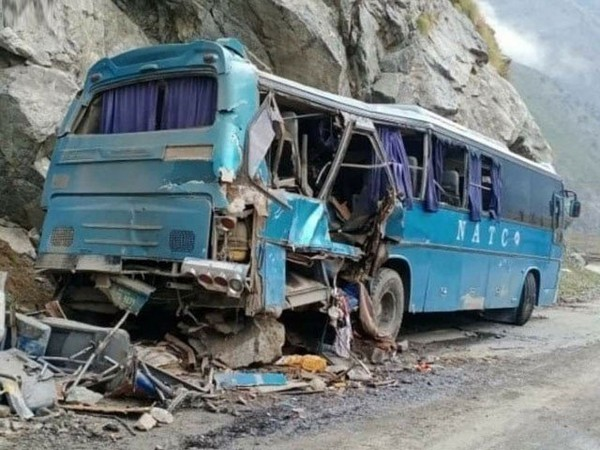 12 killed, including 9 Chinese in Pakistan bus 'blast'; China asks Pakistan to act swiftly