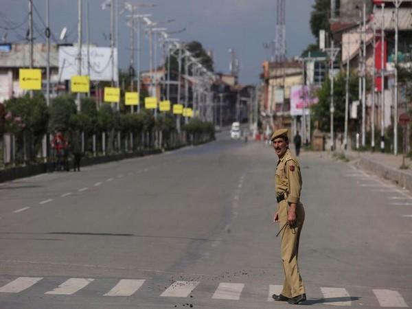 Helpline numbers, online platform to help Kashmiri students living outside Valley