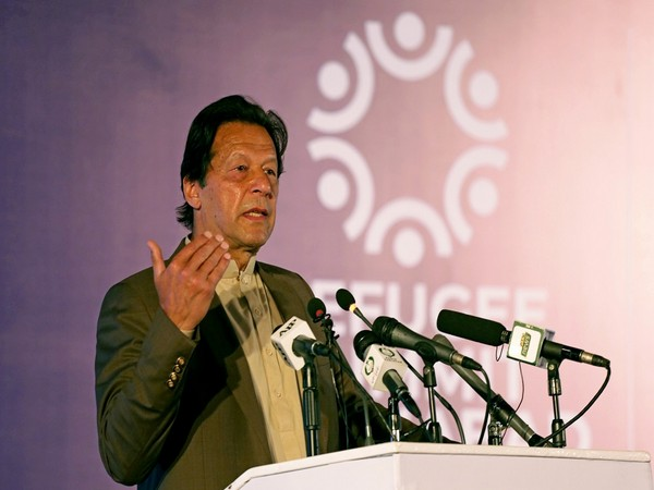 Pak opposition tears into islands ordinance, says will not allow Imran Khan govt to 'sell land to China'