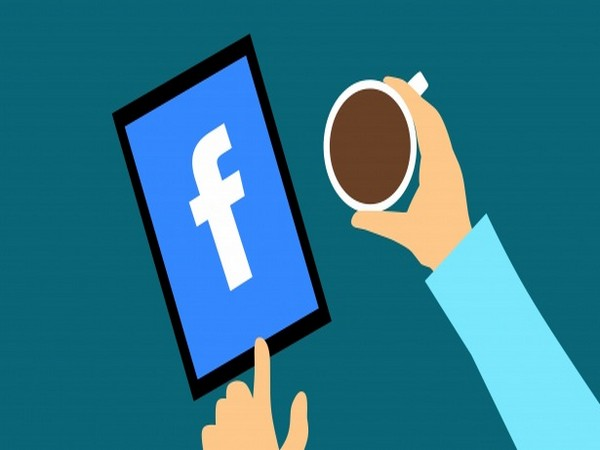 UPDATE 3-Facebook allows U.S. political candidates to run sponsored content
