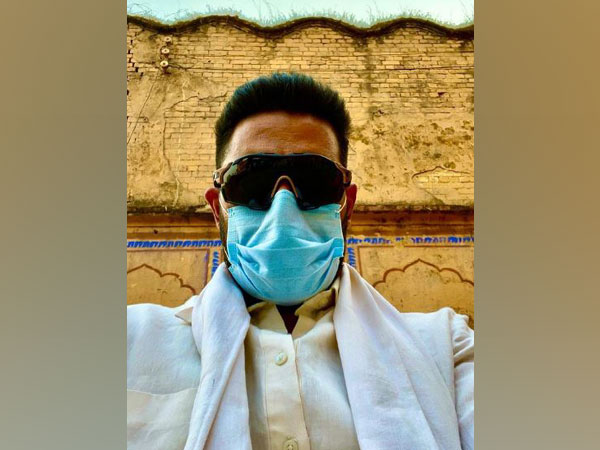 COVID-19: Abhishek Bachchan urges people to 'keep masks on' for safety of loved ones