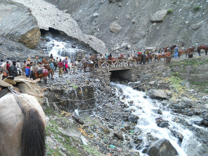 Govt giving preference to first-timers for Mansarovar Yatra