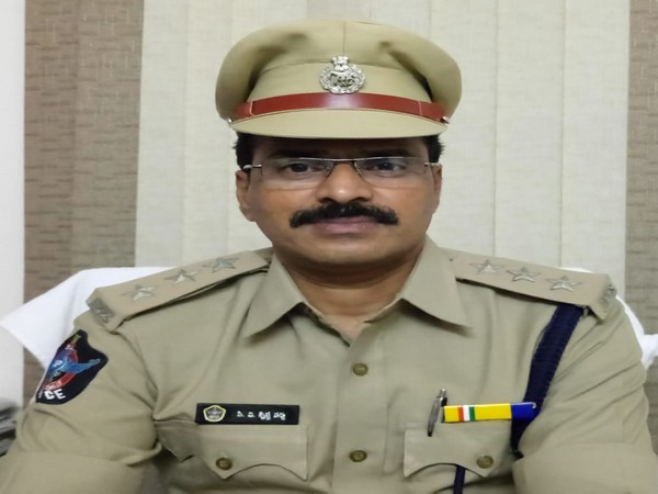 Srikakulam Special Branch DSP commits suicide in Visakhapatnam
