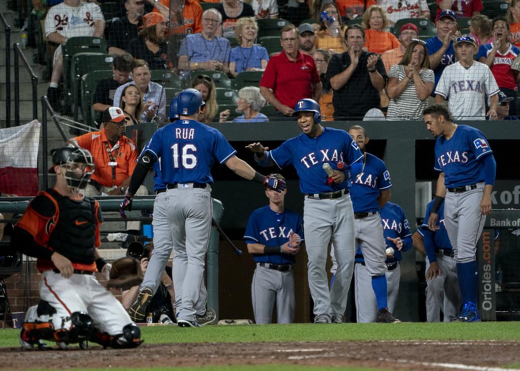 Rangers send P Fairbanks to Rays for 2B Solak