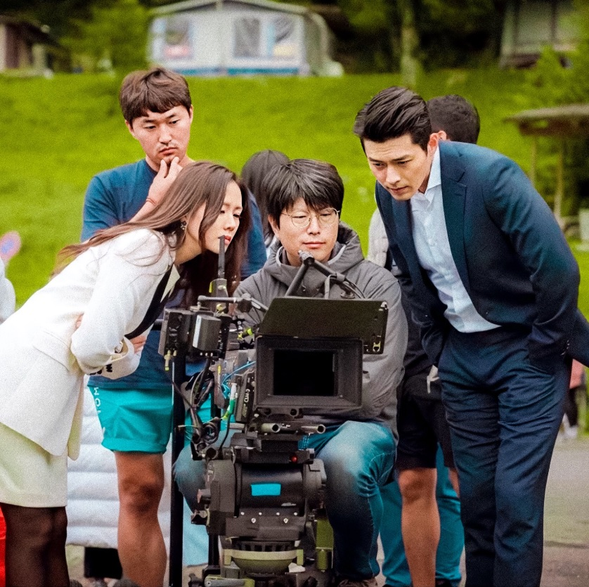 Crash Landing on You Season 2's filming after Hyun Bin's quarantine, Son Ye-jin shares fans' gift