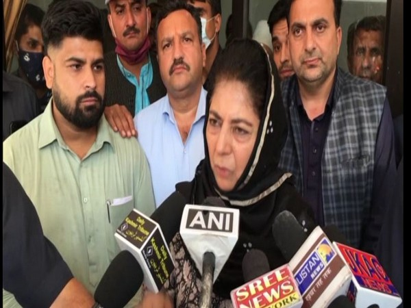 Mehbooba Mufti asks Centre to resolve citizens, farmers issues