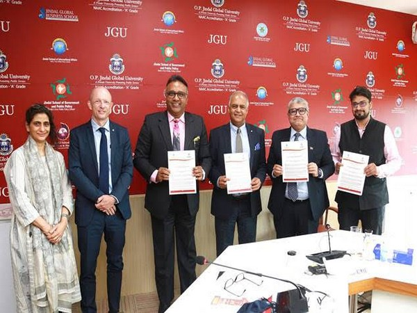 JGU signs MOU with the International Committee of the Red Cross (ICRC) for academic collaborations and joint degree programmes
