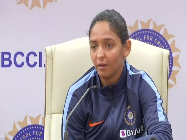 Harmanpreet, Smriti, Poonam bag top annual contract from BCCI, Mithali dropped to grade B