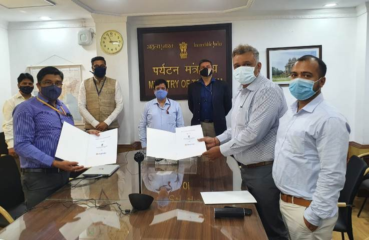 Ministry of Tourism signs MoU with Cleartrip and Ease My Trip