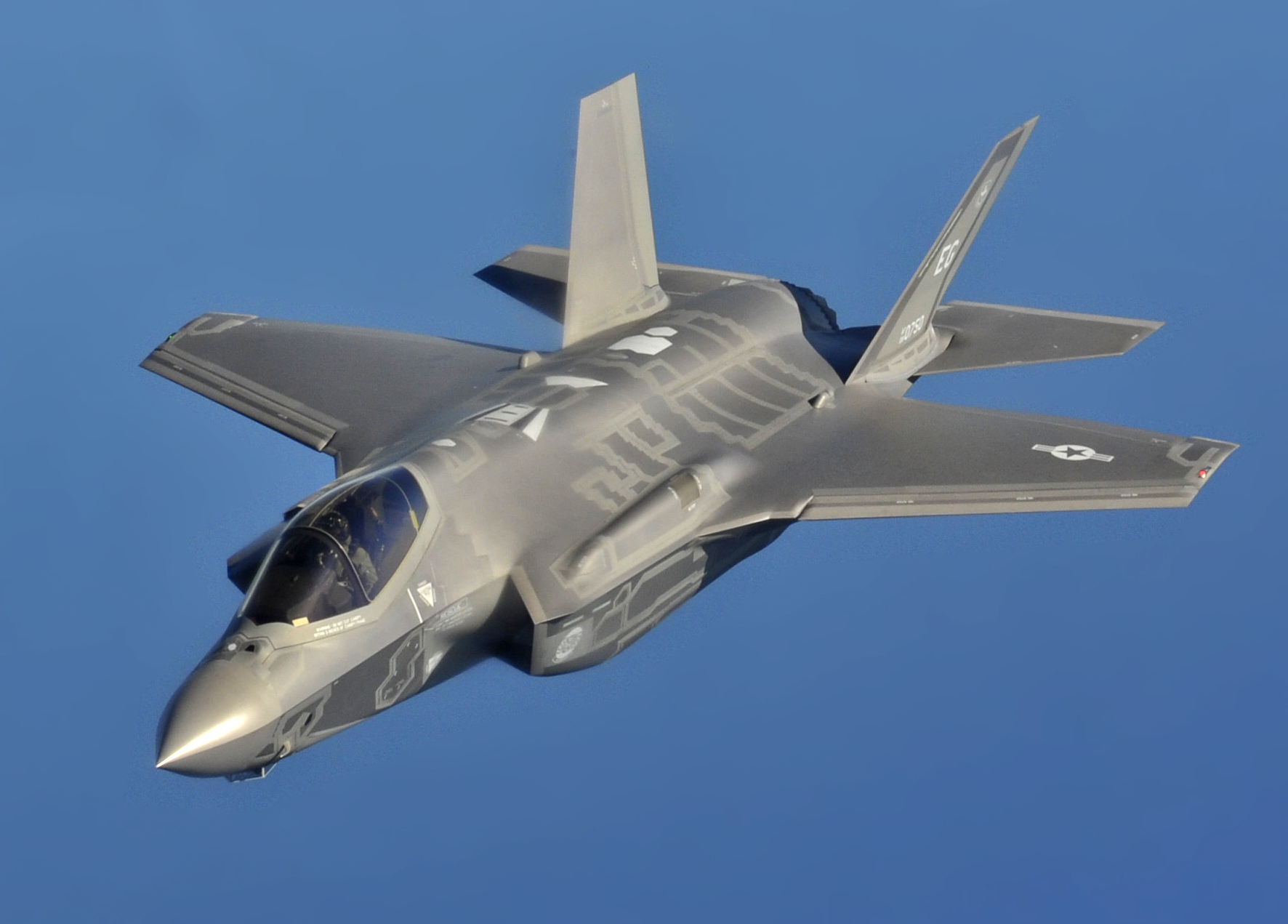 US' F-35 collides with bird during take-off from Japanese air base, pilot unhurt