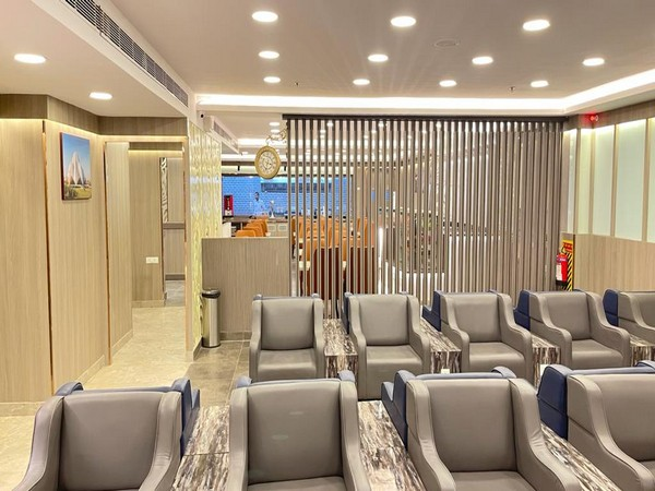IRCTC opens new world-class executive lounge at New Delhi Railway Station