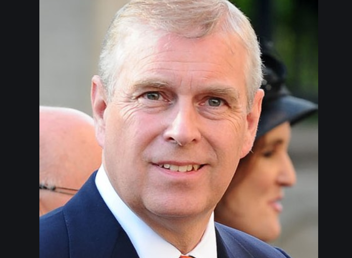 UPDATE 1-Woman at centre of Prince Andrew sex scandal calls for Britons to back her