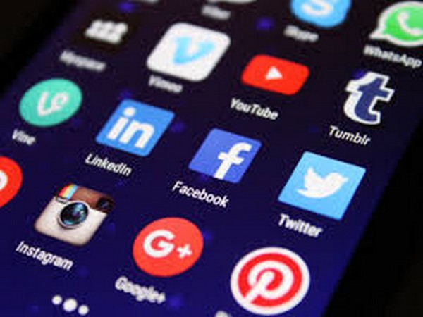 Govt asks Twitter, other social media platforms to remove misleading posts around COVID