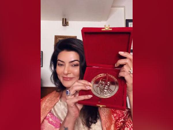 Sushmita Sen celebrates winning 2021 Champions of Change Award