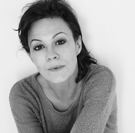 People News Roundup: 'Mighty' actress Helen McCrory has died, husband Damian Lewis says