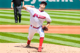 Bauer gives Reds strong chance to break skid vs. Brewers