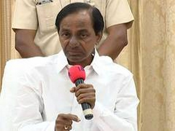 TRS holds meeting ahead of Parliament sessions to discuss issues related to Telangana