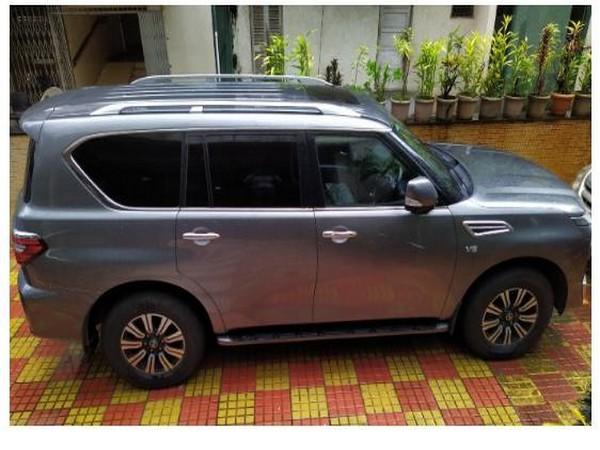 DRI busts luxury car smuggling racket in Mumbai