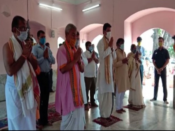 Tripura CM performs 'puja' at Mata Tripurasundari Temple on Mahalaya, PM Modi's birthday