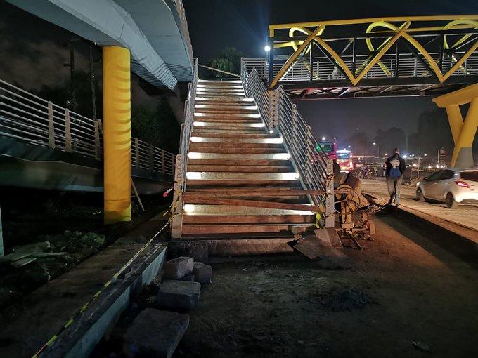 Footbridge on Kenya's busiest Thika road opens after a long delay