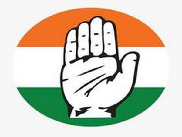 Cong holds protest in Ghaziabad against Centre over fuel price rise