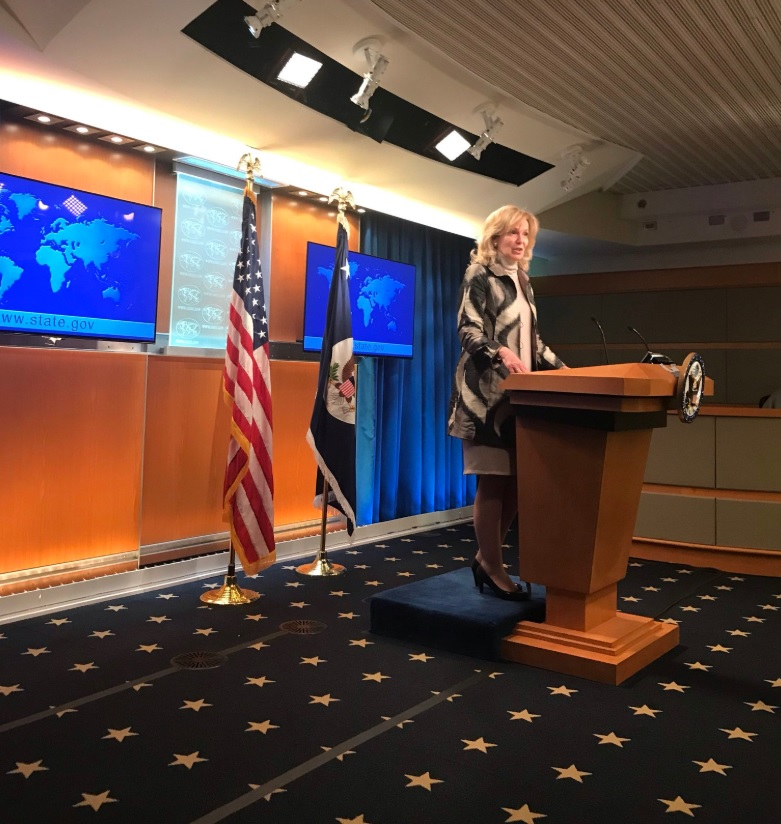 US task force leader says pandemic in new phase