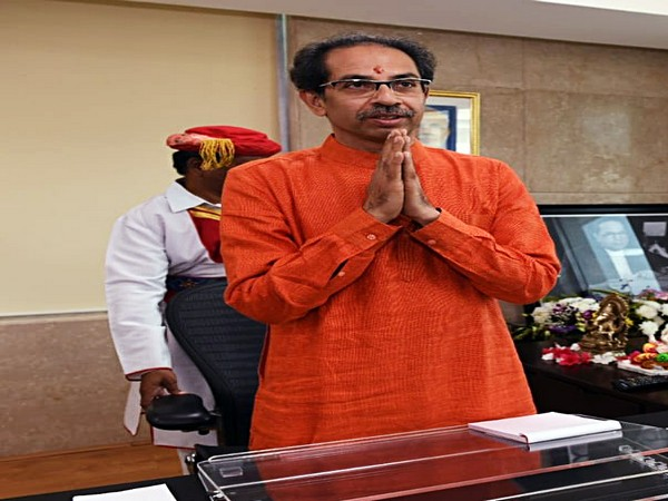 Maha CM lays foundation stone of water supply scheme in Raigad