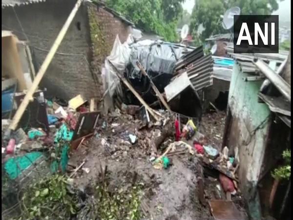 11 killed in wall collapse in Mumbai's Chembur
