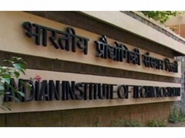 IIT Delhi researchers develop device that generates electricity from raindrops, ocean waves