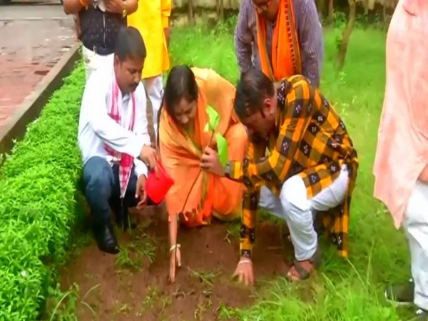 Odisha launches campaign of planting sapling under Seva Samarpan Abhiyan started on PM's birthday