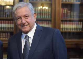 Mexican president to discuss vaccines, migration with Biden