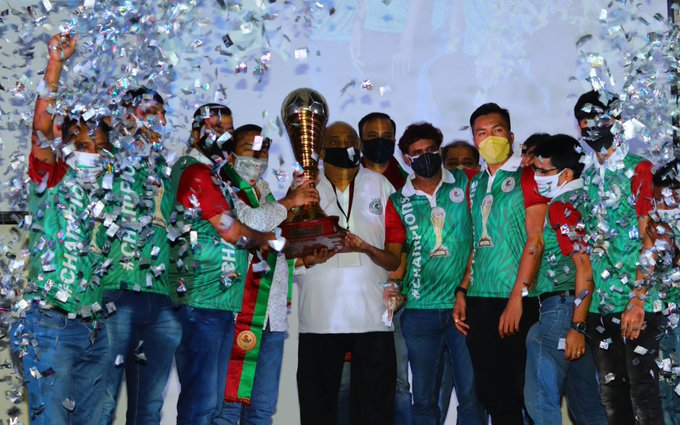 I-League champions trophy handed over to Mohun Bagan
