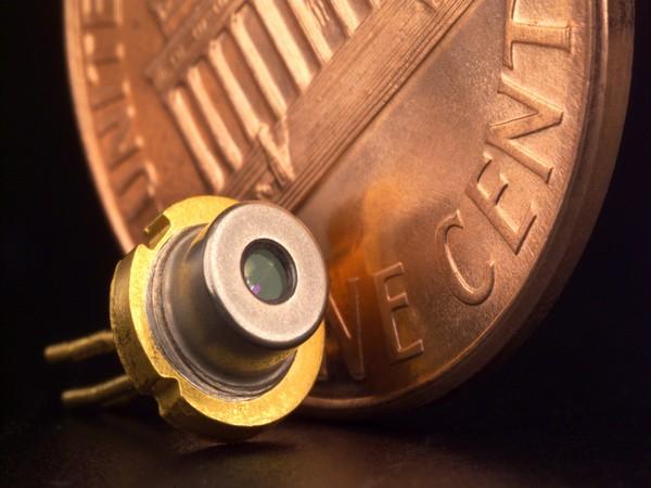 Scientists develop laser diode to emit deep UV light
