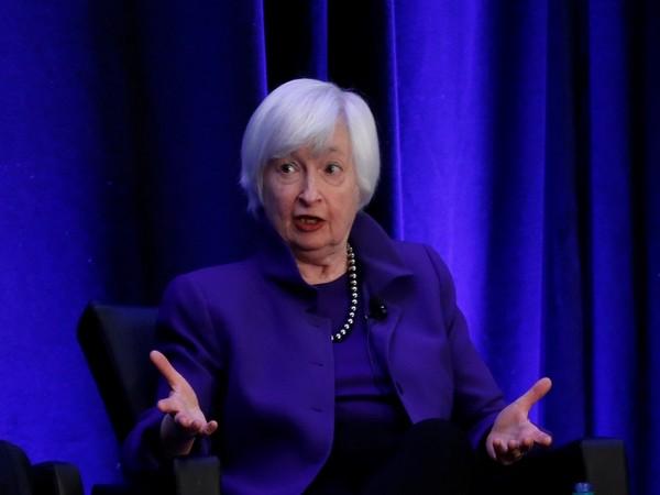 Yellen tells world's big economies: spend big, danger lurks