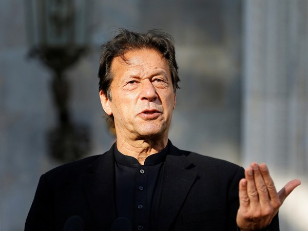 Women scribes slam Pak PM Imran Khan for linking rape with dress code