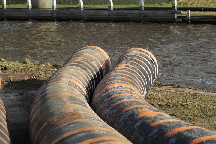 FEATURE-Flushed with fear: S. Africa's sewage system collapse a 'time bomb'