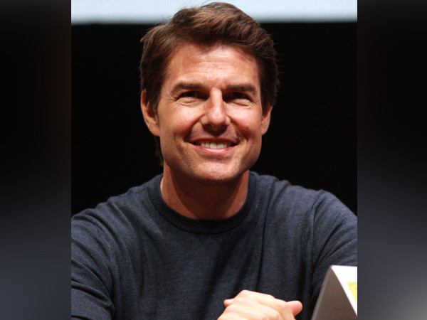 Tom Cruise gets sneak peek of space from SpaceX's first private crew