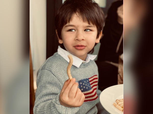 Kareena Kapoor shares adorable picture of Taimur feasting on french fries