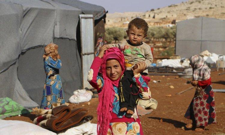 UPDATE 1-U.N. says around 350,0000 people have fled Syria's Idlib since Dec. 1