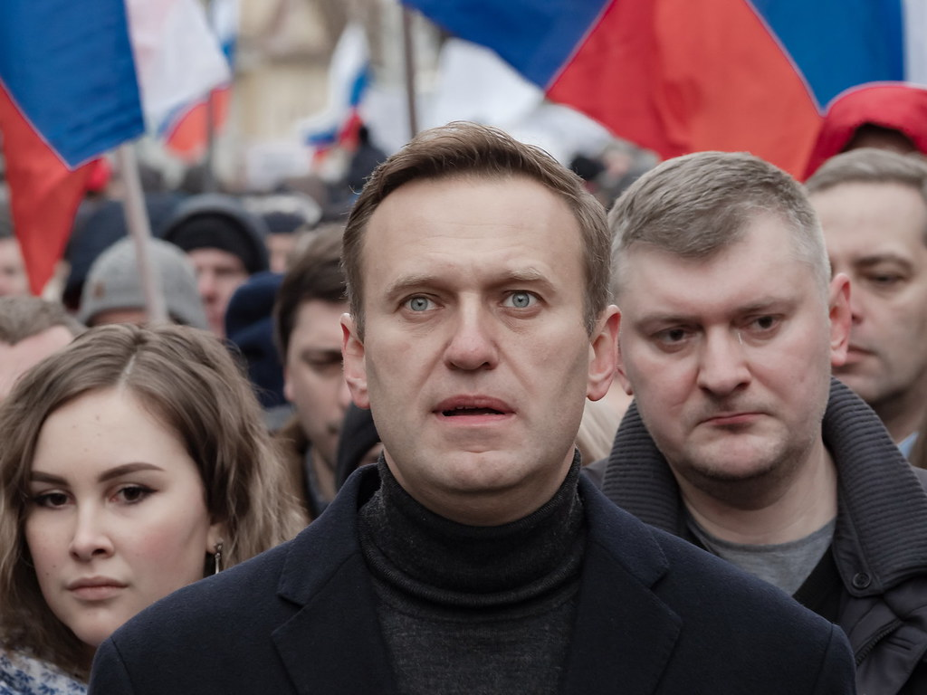Kremlin critic Alexei Navalny loses jail appeal, is fined for slander