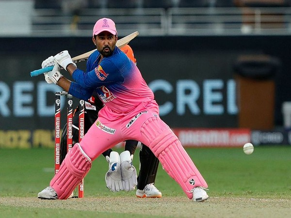 "Sanju Samson says ""Sharjah is his favorite ground"" on Rahul Tewatia in IPL 2021"