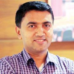 Goa CM has tough task of running coalition govt: Gadkari