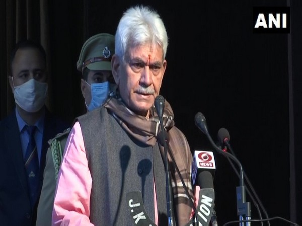 COVID-19: J-K govt extends night curfew to all municipal, urban local body limits in 20 districts